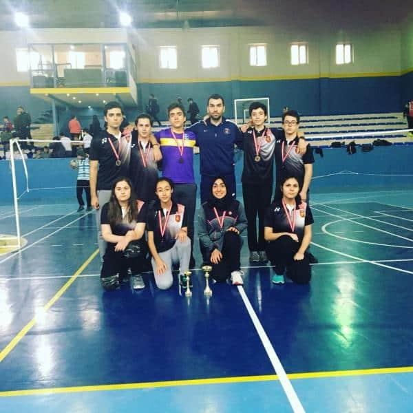 Kız badminton takımımız ilçe 2.Erkek badminton takımımız ilçe 3 olmuştur