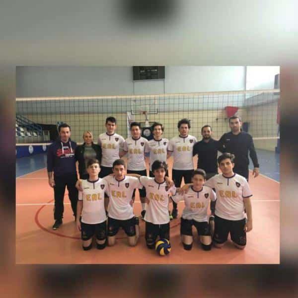 Erkek Voleybol Takımımız 32 takım arasında İstanbul 6. Olmuştur.